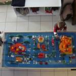 autre activité phare, le plateau de la ville, toujours beaucoup de bonheur pour les enfants lorsque je leur propose cette activité.